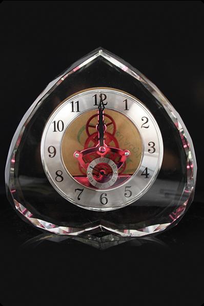 Reversed Heart Crystal Clock