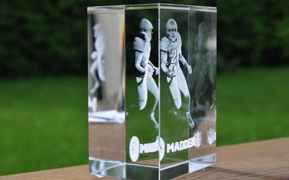 Elegant 3D Engraved Cube